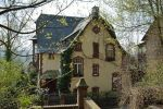 1024px-Hannah-Arendt-Haus_Marburg