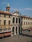 26 Piazza dei Signori, vanaf Basilica